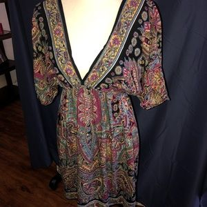 Dresses & Skirts - Boho plunging neckline dress